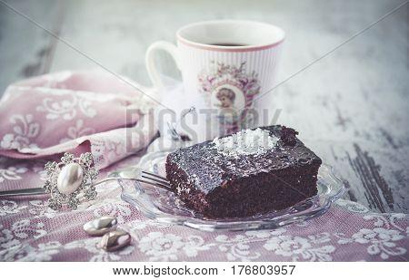 Brownie Cake Vintage Style