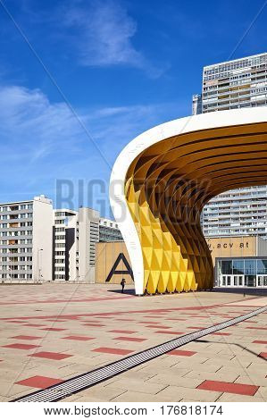 Vienna, Austria - August 14, 2016: Picture Of Austria Center Vienna (acv), Conference And Exhibition