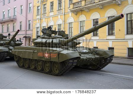 SAINT PETERSBURG, RUSSIA - MAY 05, 2015: T-90 tank on Millionnaya street, waiting for the rehearsal of parade in honor of Victory Day