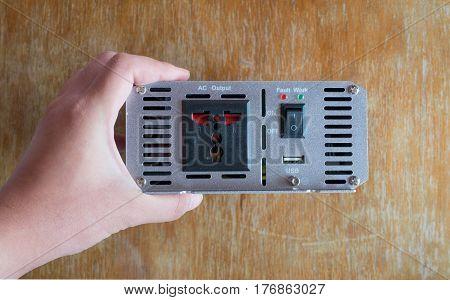 Inverter use in car adapter 12V to 220V