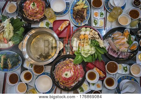 Family marty with sukiyaki seafood and beef shabu topview food promotion set price.