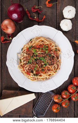 Italian bolognese pasta, spaghetti wtih ground beef and tomato sauce