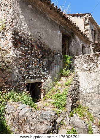 Abandoned House In Francavilla Di Sicilia Town