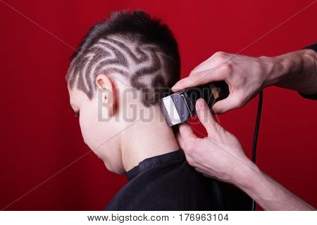 Cutting hair machine hairstyle hair tattoo girl haircut