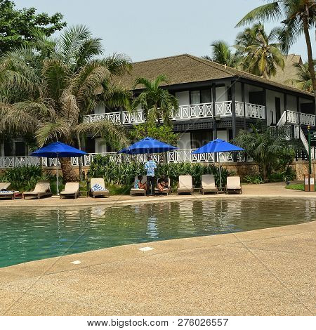 Relax At A Luxury Resort. Swimming Pool. Sweet Memories About Your Travel & Vacation. Panoramic Skyl