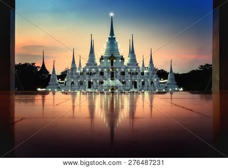 Pagoda Asokaram Temple At Twilight Time Smutprakan Province Thailand