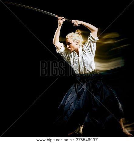 Iaido  Kenjutsu  bodoka woman isolated black background