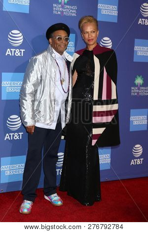 PALM SPRINGS - JAN 17:  Spike Lee, Tonya Lewis Lee at the 30th Palm Springs International Film Festival Awards Gala at the Palm Springs Convention Center on January 17, 2019 in Palm Springs, CA