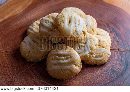 Vegan Lemon Biscuit With Sugar