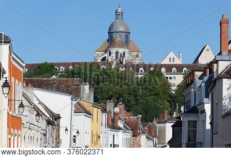 Cityscape Views Of Medieval City Provins: Architecture Of An Ancient City. Provins - Commune In Sein