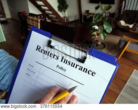 The Agent Fills Out The Renters Insurance Policy.