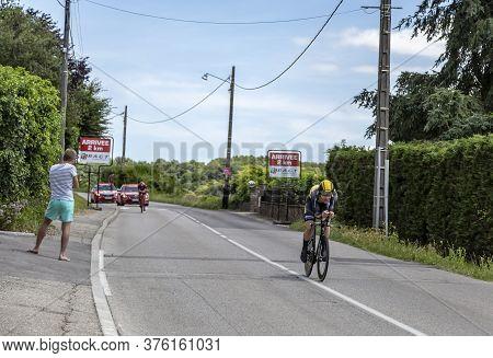 Bourgoin-jallieu, France - 07, May, 2017: The Belgian Cyclist Gijs Van Hoecke Of Lottonl-jumbo Team
