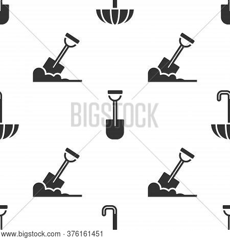 Set Umbrella, Shovel And Shovel In The Ground On Seamless Pattern. Vector