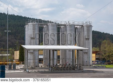 Storage Silos In A Chemical Products. Silos Vertical Orientations.