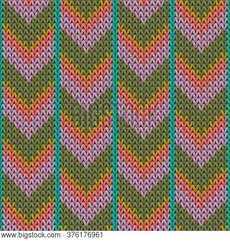 Cozy Downward Arrow Lines Knit Texture Geometric Seamless Pattern. Fair Isle Sweater Stockinet Ornam