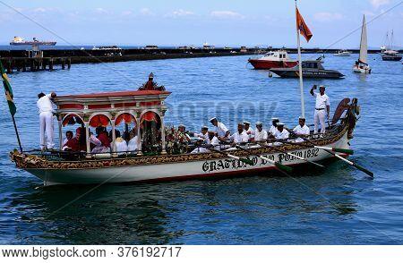 Salvador, Bahia / Brazil - January 1, 2016: Vessel Galeota Gratidao Do Povo Carries The Image Of Bom