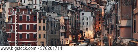 Riomaggiore buildings panorama view in Cinque Terre, Italy.