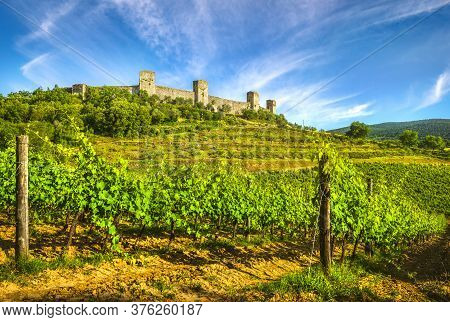 Monteriggioni Medieval Fortified Village And Vineyards, Route Of The Via Francigena, Siena, Tuscany.