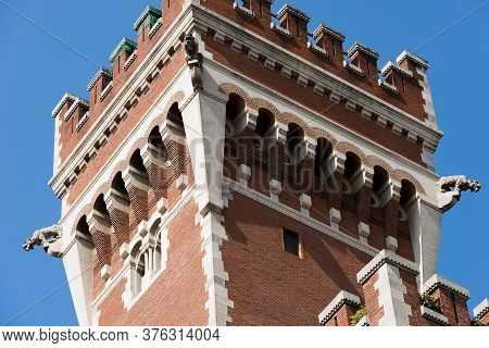 Castello Cova Or Palazzo Viviani Cova (1910-1915). Castle And Palace In Neo-medieval Style In Milan