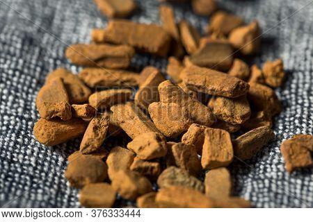 Raw Organic Cassia Cinnamon Chips