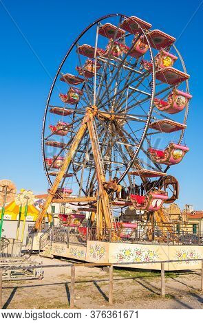 Marina Di Pisa, Italy - August 14, 2019: Observation Wheel On The Town Waterfront Of Marina Di Pisa,