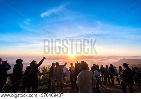 Loei, Thailand - 26 November 2017 : Tourists Are Watching Morning Mist, Dew And Cool Air In The Wint