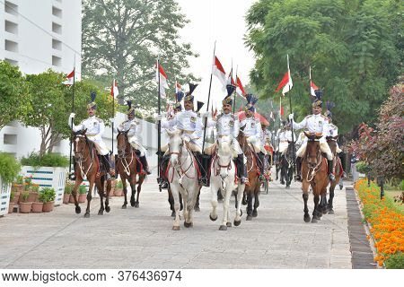 Islamabad / Pakistan - November 3, 2015: Guard Of Honor Battalion Of The Pakistan Army, During The O