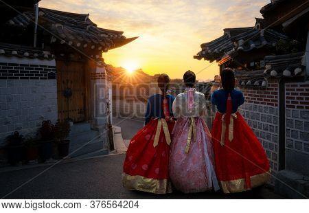 Korean Girl In Hanbok Dress With Morning At Bukchon Hanok Village Seoul City, South Korea