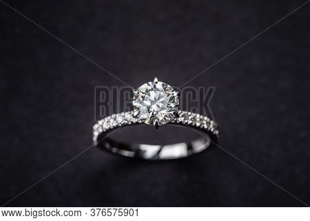Luxury Diamond Engagement Wedding Ring. Precious Jewelry Ring