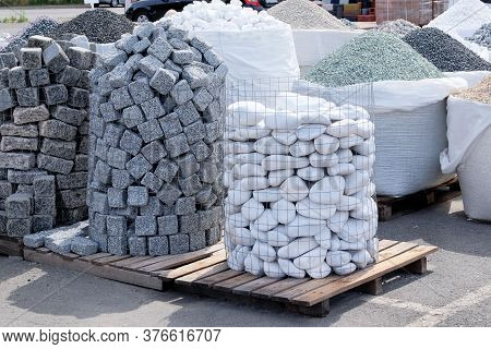 White Marble, Granite And Other Natural Stones For Decoration In Construction Is Sold On Market. Con
