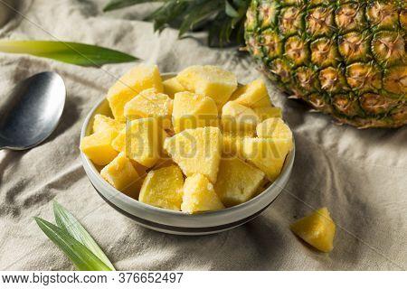 Yellow Organic Frozen Pineapple
