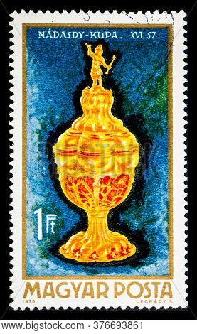Hungary - Circa 1970: A Postage Stamp From Hungary Showing Nadasdy Cup 16th Century