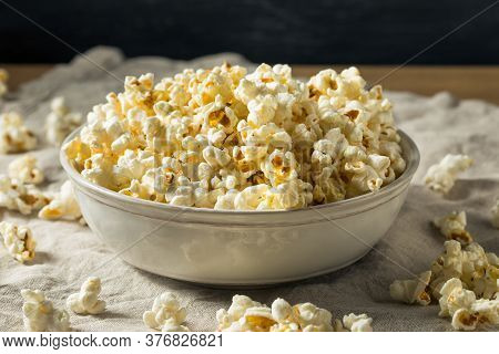Homemade Salty Buttered Popcorn