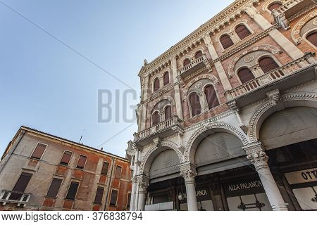 Padova, Italy 17 July 2020: Architecture Details From Old Historical Building In Padova In Piazza De