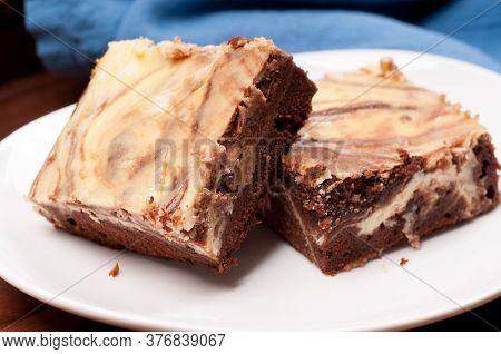 Swirl Vanilla Cheesecake Chocolate Brownies With Cream Cheese