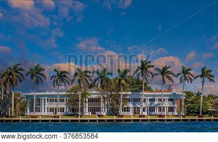 A Large House On The Intracoastal Waterway In Fort Lauderdale