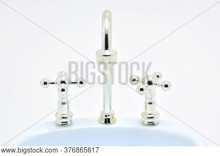 Bathroom Stainless Steel Faucet And Turn Knob Use To Wash Hands And Face