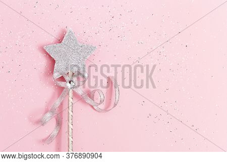 Glowing, Glittering Star On Pink Background With Copy Space. Magic Star, Fulfillment Of Wishes, Drea