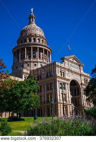 Texas State Capitol Building Under Perfect Sunny Days With Blue Sky In Austin Texas