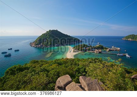 Photo Taken On A Wide Angle Lens, The Azure Sea On The Bounty Beach In Thailand, The Transparent Sea
