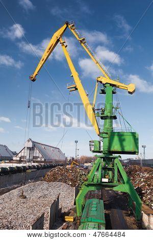 cast iron (pig iron) loading
