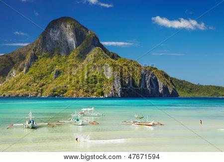 El Nido-Bucht und Cadlao Island, Palawan, Philippinen