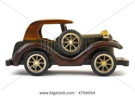 hölzerne Spielzeugauto