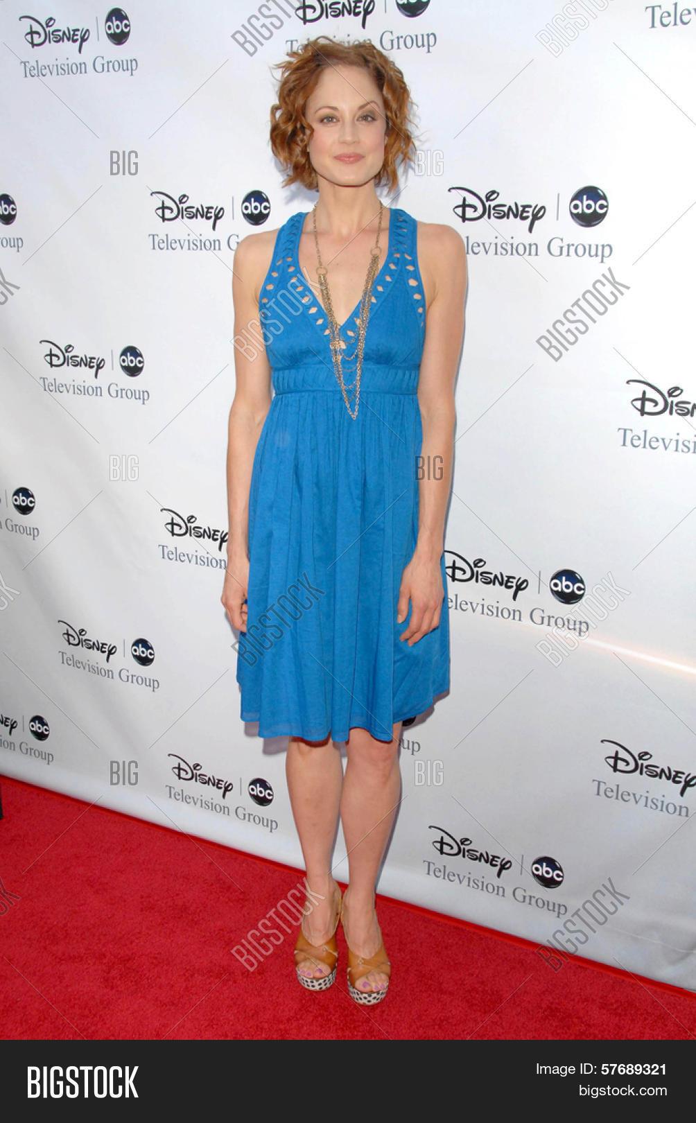 Virginia Kirtley,Thea Andrews Erotic clip Emily Harper,Bella Hadid USA 3 2016?resent