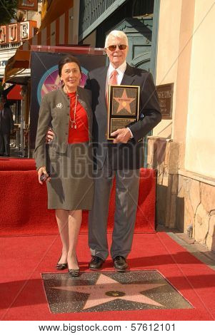 Peter Graves and wife Joan Endress at the Hollywood Walk of Fame induction ceremony for Peter Graves, Hollywood, CA. 10-30-09
