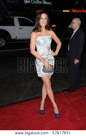 Kate Beckinsale at the AFI Fest 2009 Screening of 'Everybody`s Fine,' Chinese Theater, Hollywood, CA. 11-3-09