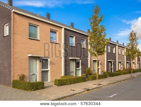 Modern Street Terrace Houses
