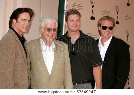 Dick Van Dyke and family  at 'A Father's Day Salute To TV Dads' presented by the Academy of Television Arts and Sciences. Leonard H. Goldenson Theater, North Hollywood, CA. 06-18-09