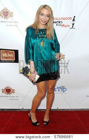 Lorielle New at the Hollyshorts Haiti Charity VIP Webisode Celebration. Kress, Hollywood, CA. 08-08-09