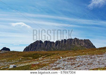 Jagged Cradle Mountain, Tasmania